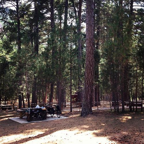 Los Negros, zona de acampada controlada donde paramos a almorzar.