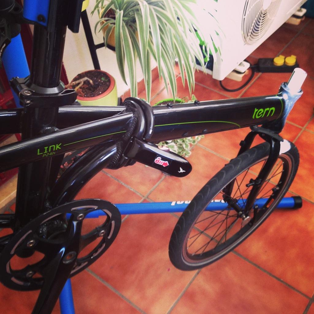 Cómo limpiar una bicicleta plegable