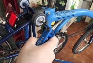 montaje-de-ruedas-brompton-eazy-wheels-06