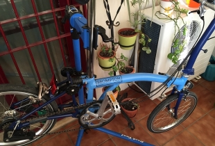 montaje-de-ruedas-brompton-eazy-wheels-10