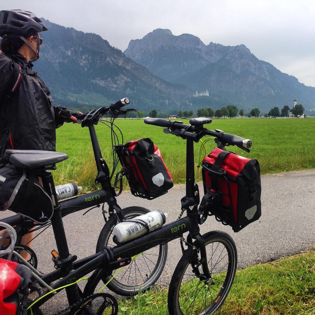Casi terminando la ruta, en Schwangau, con el Castillo de Neuschwanstein al fondo.