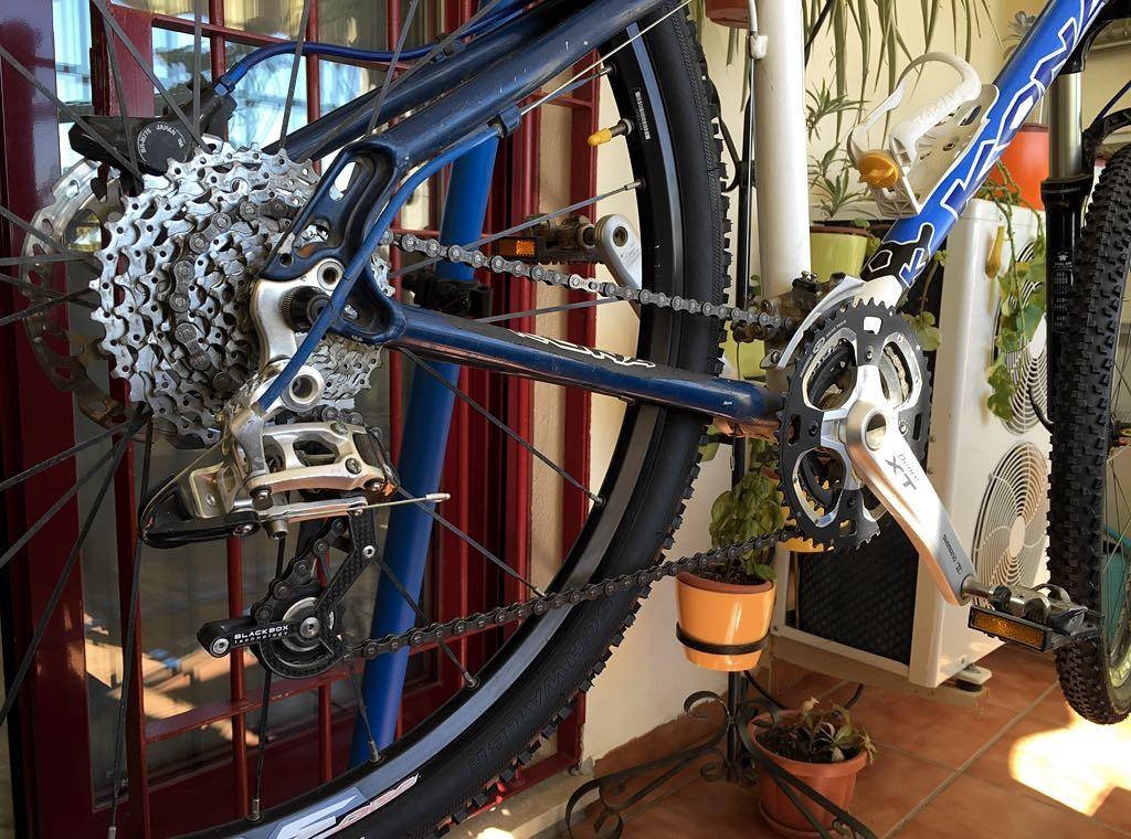 Poniendo a punto mi bicicleta Kona Kula Custom, una vez más.