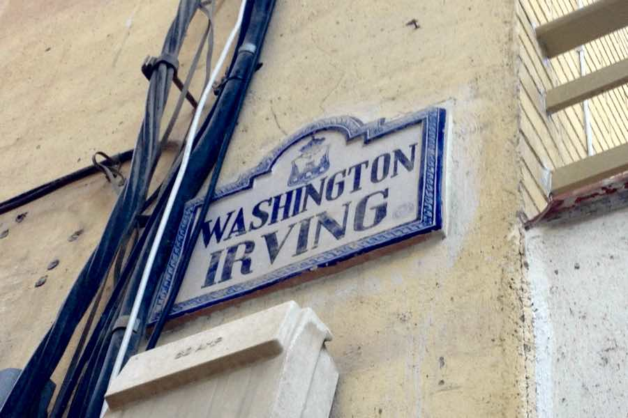 Calle Washington Irving, en Loja (Granada).